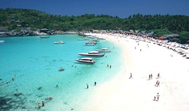 Kết quả hình ảnh cho Phía Tây Phuket – Kata Beach.