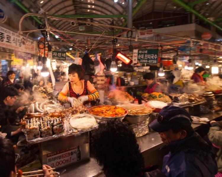 Chợ ở Seoul